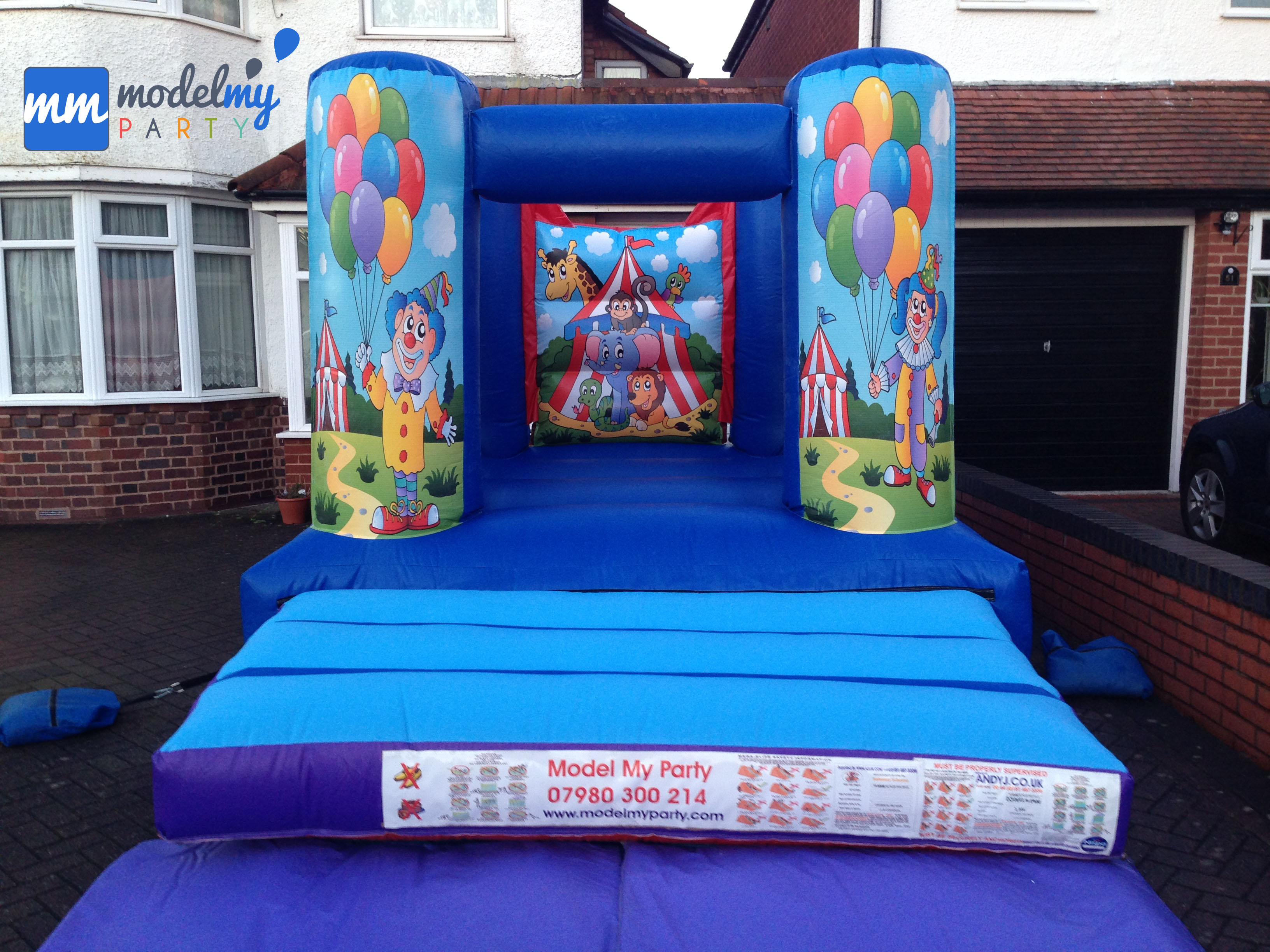 cheap bouncy castles to rent