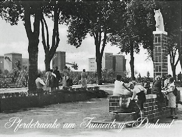 Pferdetraenke-Tannenberg Denkmal Ostpreußen