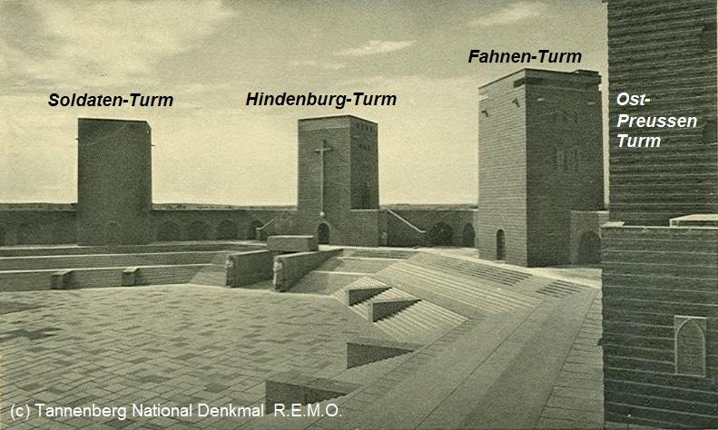 Reichsehrenmal-Tannenberg-(Blick-vom Ostpreussenturm-Turm-zum-Hindenburg-Turm