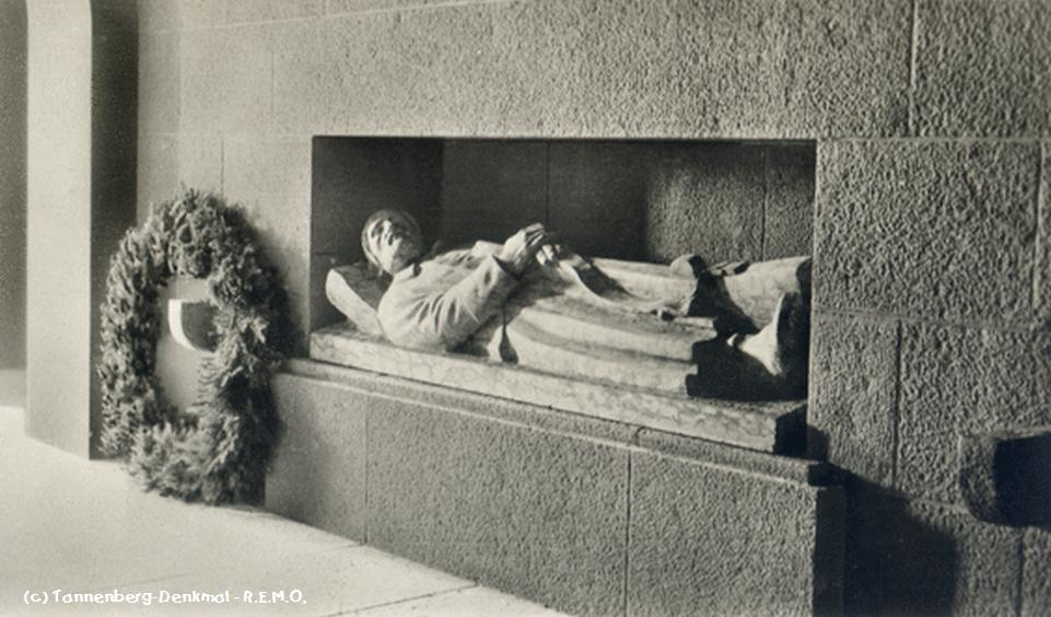 Tannenberg - Schlafende Krieger im Denkmal