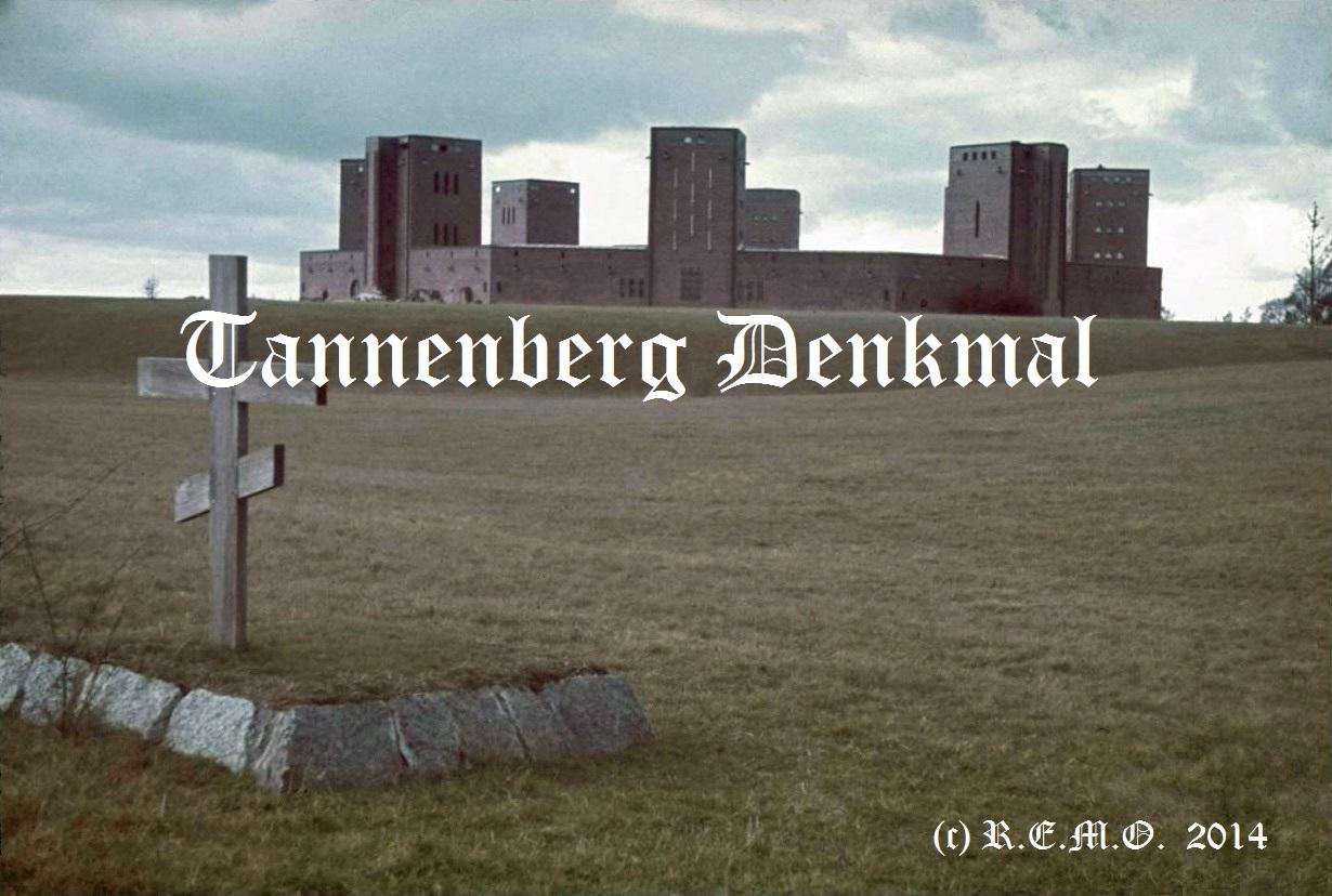 Tannenberg Denkmal in Farbe