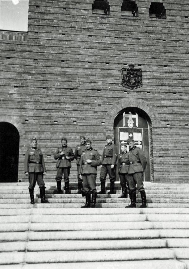 Tannenberg, Denkmal, Reichsehrenmal, Ostpreußenturm, WWII--ed2i