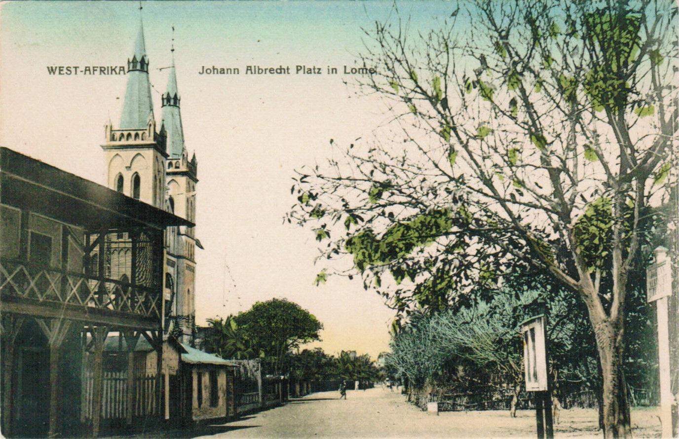Togo-Lome-Johann-Albrecht-Platz-und-Kirche-ungelaufen-um-1910-