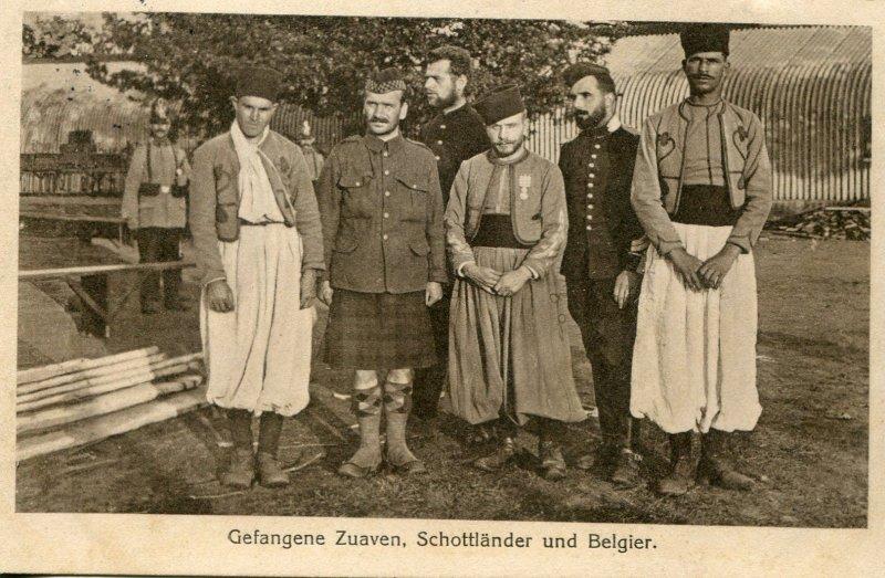 Belgien Westfront - WK1 Foto AK POW Gefangene Schotten Belgier Zuaven