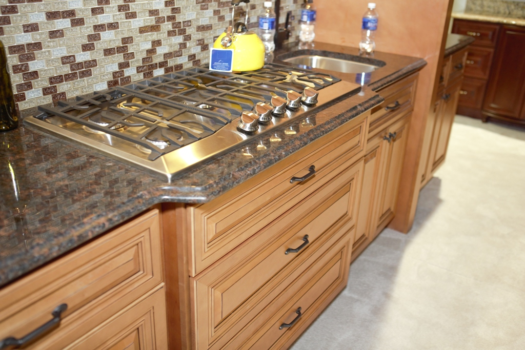 Kitchen Cabinets & Countertops Phoenix